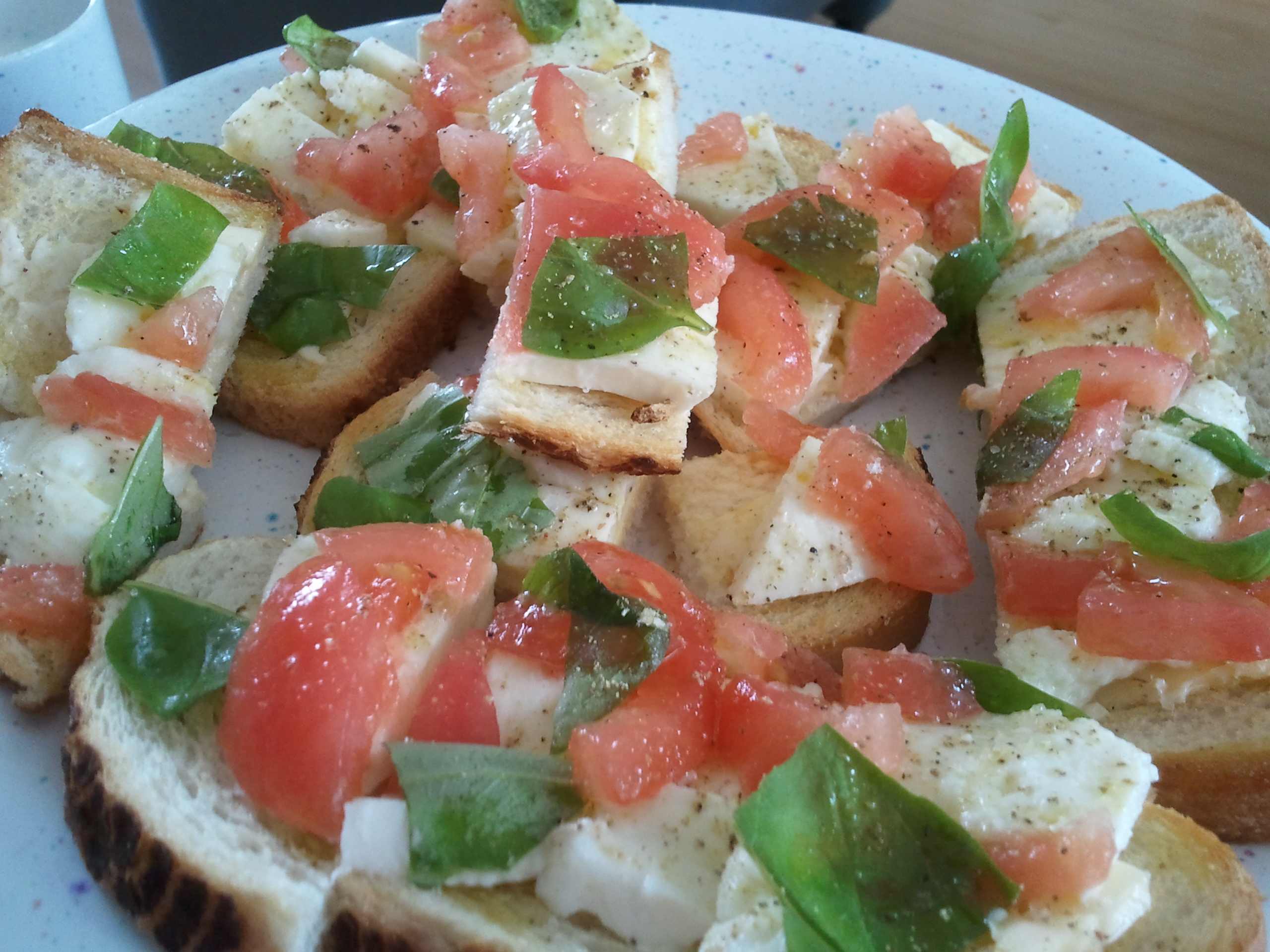 Geroosterd brood met de Italiaanse driekleur